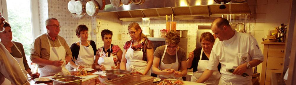 Cours de cuisine entreprise latest cours de cuisine - Cours de cuisine groupe paris ...